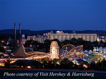 Hersheypark at night