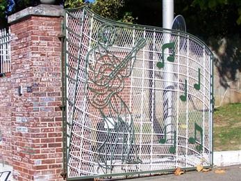 Graceland gate